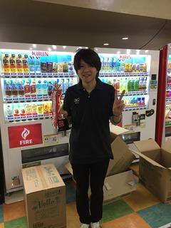 6月度ボウリング大会 優勝者.JPG